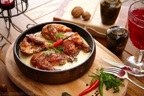 Жаркая грузинская кухня: готовим «чкмерули»