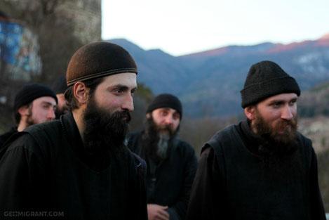 «Бескорыстное служение»:  Голливудский режиссер снял фильм о грузинских монахах