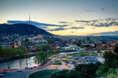 «Travel.ru»: В Тбилиси ожидается рекордный наплыв россиян