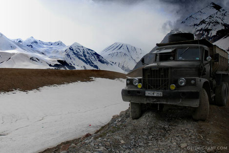 Из-за снегопада закрыта  « Военно Грузинская Дорога »   до особого распоряжения