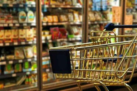 Более 60% семей в Грузии покупают еду в долг
