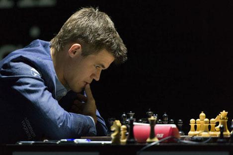 Грузинский шахматист обыграл Магнуса Карлсена