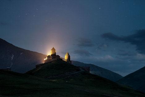 «Гергетис Самеба» в Грузии попал в список 23 самых красивых церквей мира
