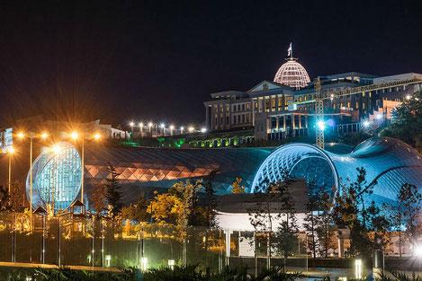 Тбилисский концертный зал назван самым необычным культурным центром в мире