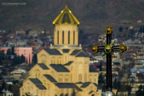 Сегодня православный мир отмечает Воздвижение Креста Господня