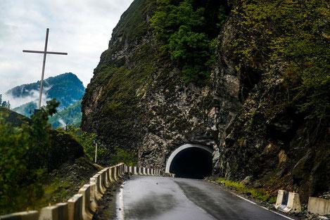 Грузия построит тоннель на границе с Россией