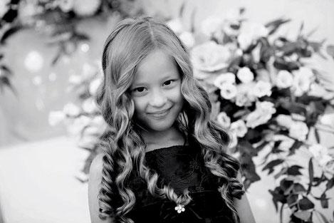 Грузинка стала победительницей международного конкурса красоты «Little Miss Galaxy»