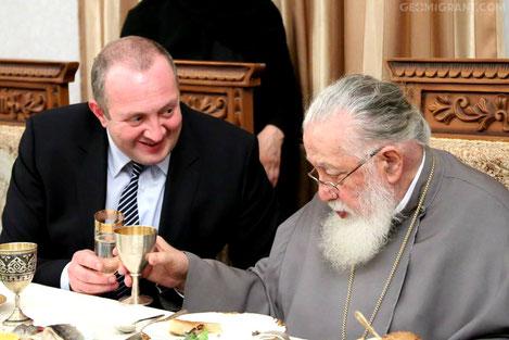 Патриарх и президент Грузии поздравили верующих с Рождеством Христовым