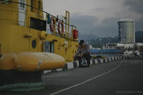 Впервые после многолетней паузы судно под названием «Дружба» поставить Грузинские мандарины в Россию