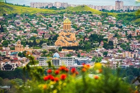 Собор Святой Троицы в Тбилиси попал в Топ-30 самых высоких и красивых православных сооружений