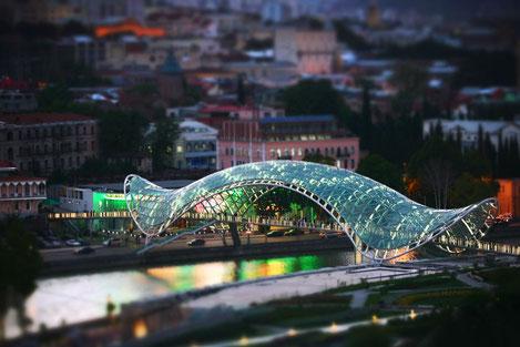 Поток иностранных инвестиций в Грузии вырос на 103%