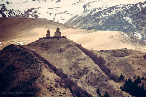 Азербайджан обеспечит все христианские храмы и монастыри Грузии газом