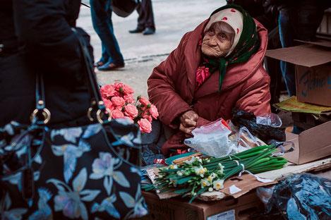 Уровень бедности в Грузии снизился в два раза