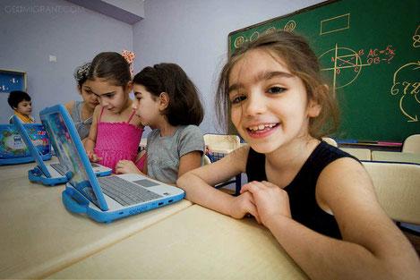Школьников в Грузии будут учить предпринимательству
