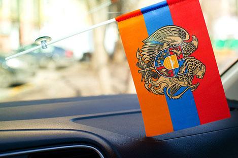 Грузия ввела новые правила въезда для автомобилистов из Армении