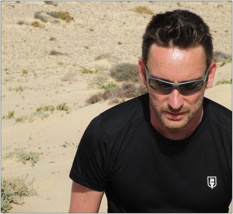 Das leichte Racing-Shirt von Willpower bietet ein überzeugendes Feuchtigkeitsmanagement.