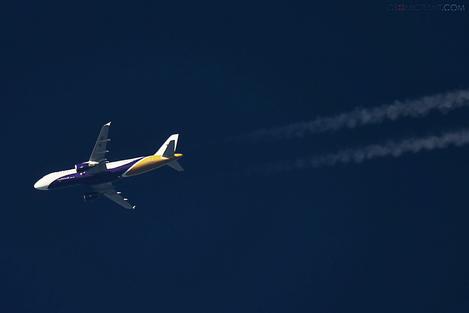 «Yanair» запускает дополнительные рейсы из Киева в Тбилиси и Батуми