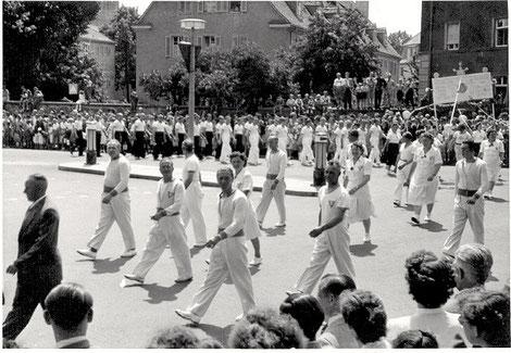 dto. beim Festzug 1953, anlässlich dem Volksfest 1953