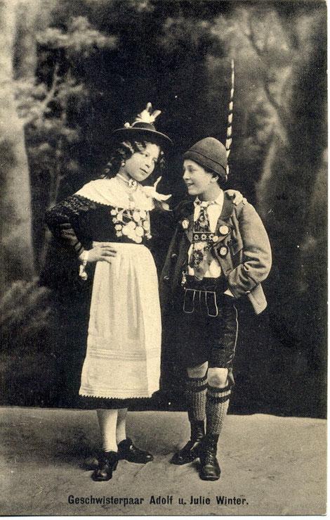 Trachtenverein Schweinfurt 02 e.V. (Almrausch), Geschwisterpaar Adolf & Julie Winter, 1912, (diese Ansichtskarten wurden im Stadtpark verkauft..)