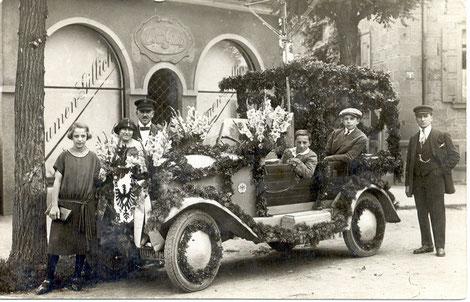 Festwagen 1930 am Blumen Gillich