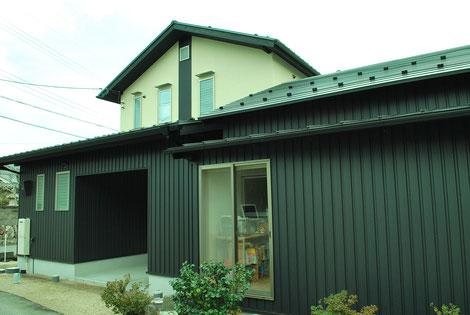 外壁 ガリバリュウム鋼板