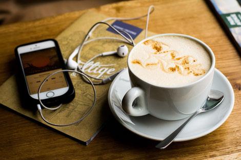 Podcast, zu höre, Blog, Kaffee, Entspannen, zuhören, Eltern, Familie, Kinder, Lifestyle