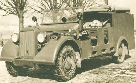 Das erste Fahrzeug der Steinbacher Feuerwehr: Horch Geländewagen