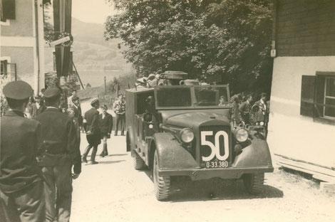 50 Jahr Feier im Jahre 1955 im Bild: der alte Horch-Geländewagen