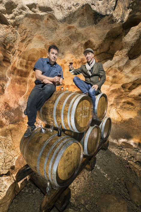 Tonneaux dans la Cave Naturelle des Gorges de l'Ardèche