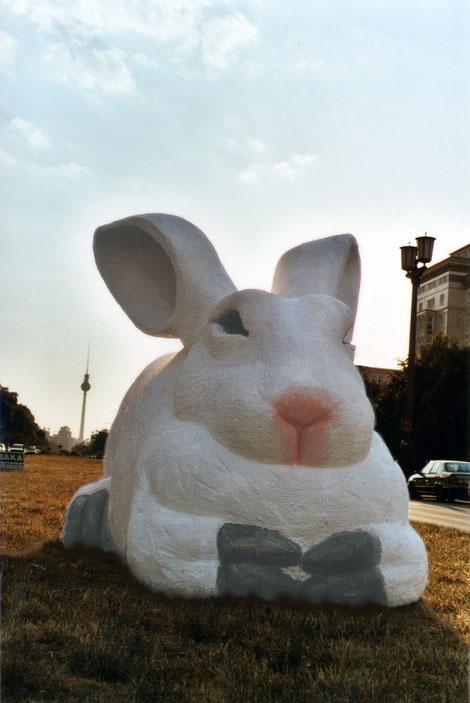 bunny nah am frankfurter tor berlin