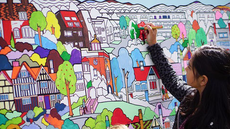 Giant colouring canvas