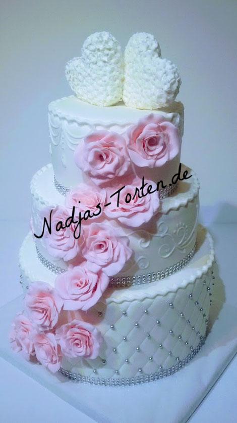 Nadjas Torten Hochzeitstorte Jetzt Bestellen Www Nadjas Torten De
