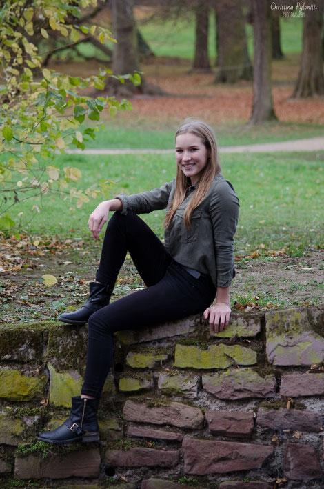 Anika, Mädchen, Lächeln, Fotografie, Herbst, Herbstfarben, Portrait, Fotograf, Park, Wald, Bäume, blond