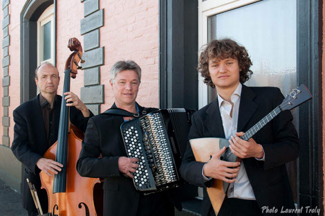 Trio Viatgé Contrebasse, Accordéon, Balalaïka STUDIO MARSYAS mars 2017