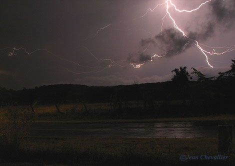 orage sur Chatillon, photo Jean Chevallier