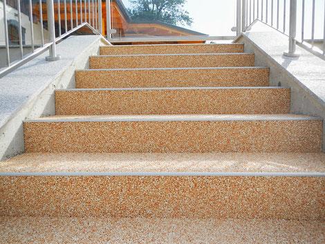 Steinteppich Stufen Terrasse