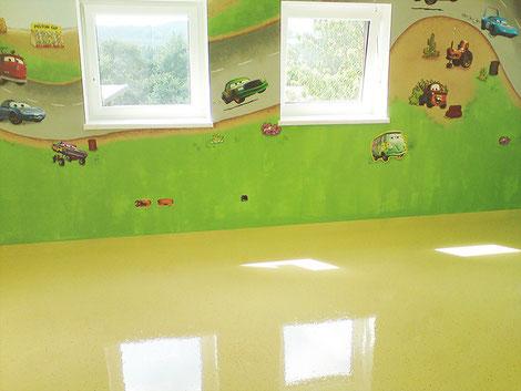 Verlaufsbeschichtung Kunstharzboden Kinderzimmer