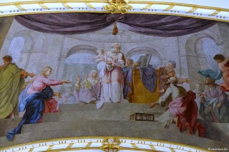 """Deckengemälde """"Jesu Aufopferung im Tempel"""", Mariä Himmelfahrt, Dorfen"""