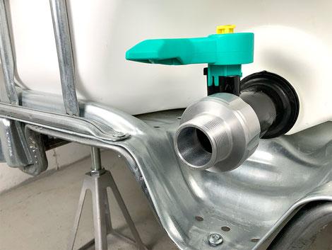 """Aluminium Adapter für IBC-Container S60x6 zu 1 1/4"""" Aussengewinde"""