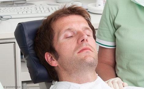 Tief entspannt mit zahnärztlicher Hypnose