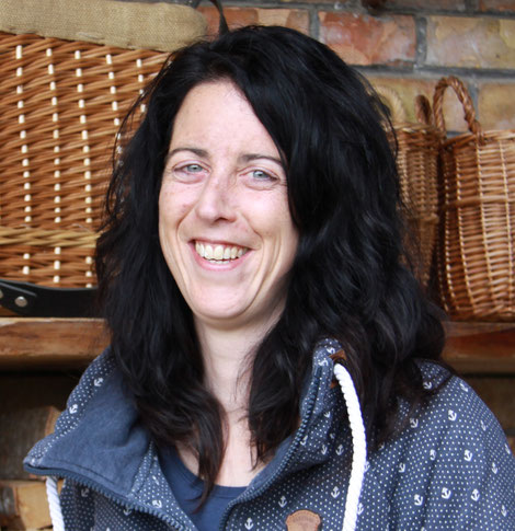 Brigitte Scherz, Buchhaltung
