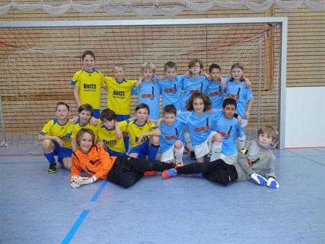 TSV Poing E4 (Poing 1 und Poing 2) beim Hallenturnier Mortimer Cup 2013