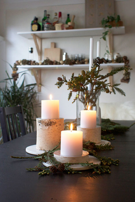 Leah from freutcake.com created a wonderful DIY to make these festive birch log candle pillars