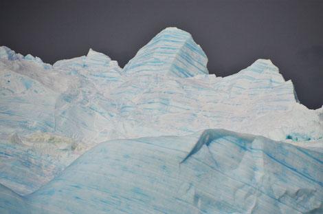 Zeichnungen an einem Eisberg