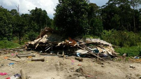 zerstörte Hütte