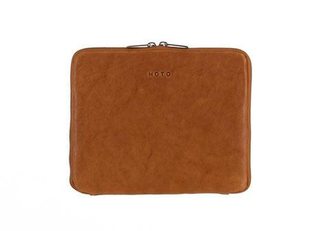 iPad Sleeve Noto Momo Amber