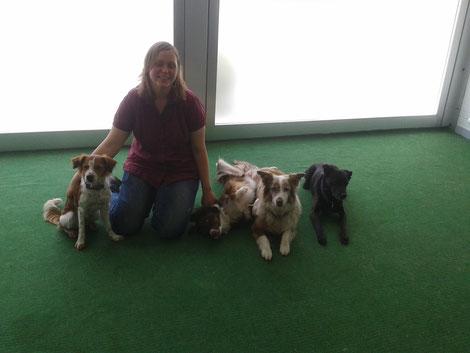 Arya, Karin, Bryce, Kira und Ben (v. l.)