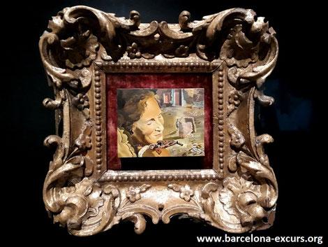 Сальвадор Дали. Портрет Гала с бараньими ребрышками на плечах