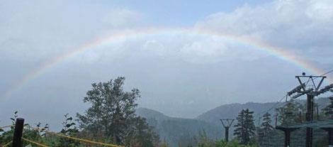 大雪山系からの虹
