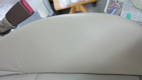 専用の補修剤でリペアし色合わせし部分塗装してみました!どうでしょうか?キズがあったようには見えなくなるところまでできました。